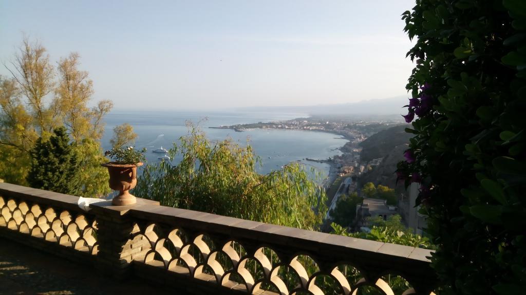 Taormina escursione di un giorno sicilia hotel Capo Skino4